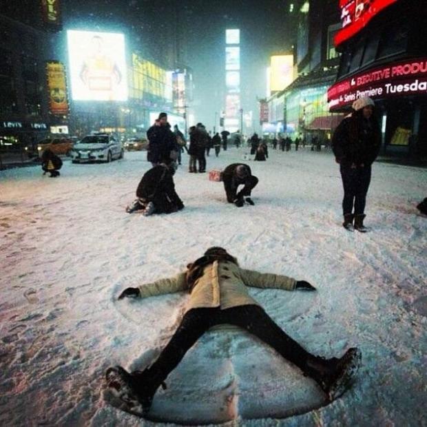 Аномальный снегопад в Нью-Йорке